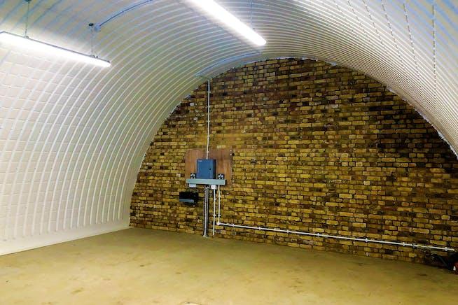 Arch 601, Unit 18, Brixton Pillars, Atlantic Road, Brixton, Retail To Let - Internal.jpg