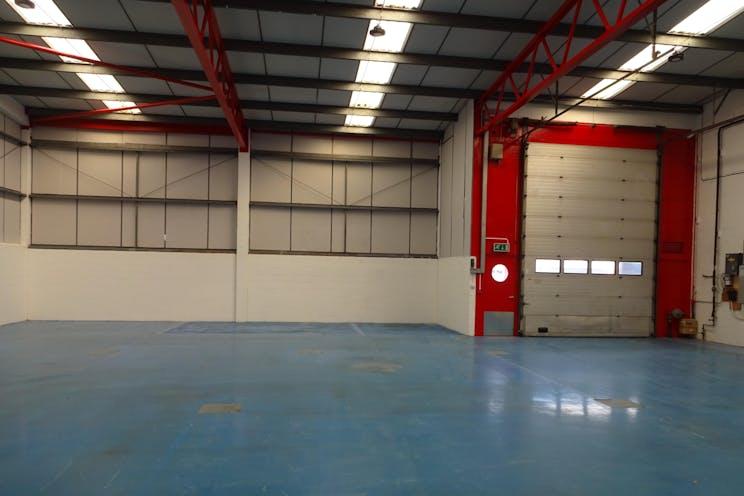 Unit 13, Mole Business Park, Leatherhead, Warehouse & Industrial To Let - DSC02454.JPG