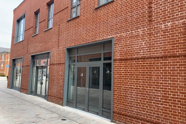 6c Peach Place, Wokingham, Retail To Let - 6c Peach Place.jpg