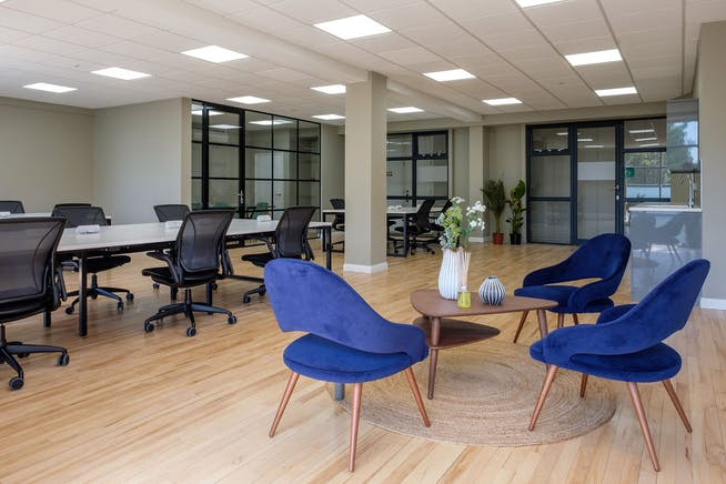 Plaza 535 King's Road, Chelsea, London, Offices To Let - FM_CEG_The_Plaza_22062010.jpg