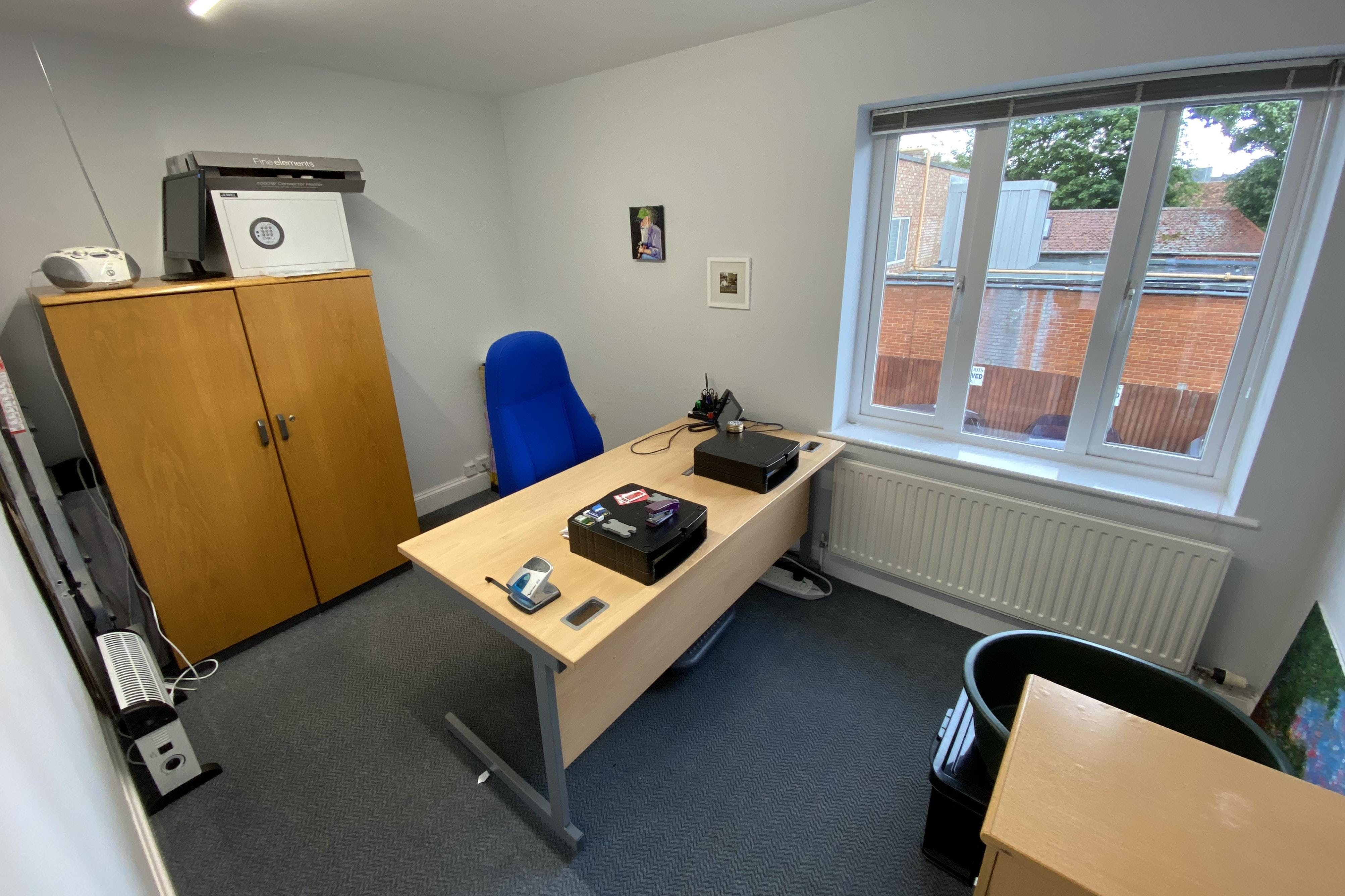 15 Dorchester Place, Thame, Office To Let - OFFICE 2.JPG