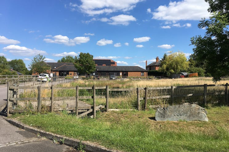 Unit 10 Diddenham Court, Reading, Office To Let - Rural setting