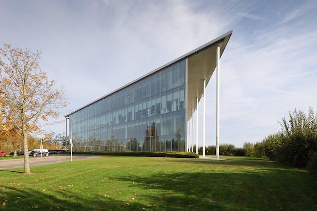 25 Templer Avenue, Farnborough, Farnborough, Offices To Let - P1405662.jpg