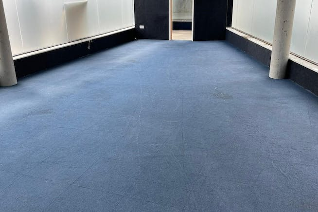 4 Connaught Road, London, Office / Retail To Let - 1.jpg