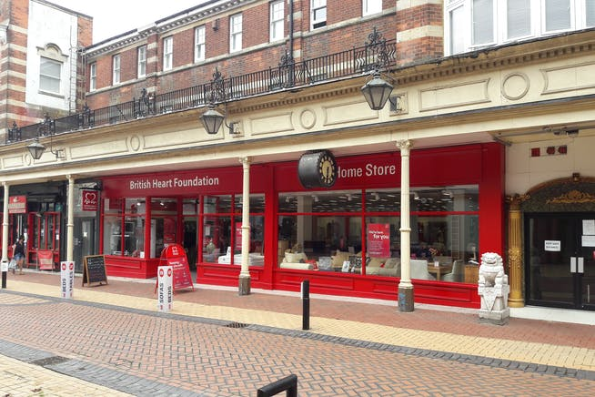 20 Winchester Street, Basingstoke, Retail To Let - Image 3