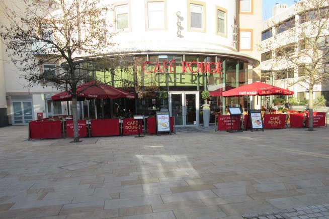 Restaurant Unit 2, Morris House, 34 Commercial Way, Woking, Retail / D2 Leisure To Let - IMG_6817.JPG