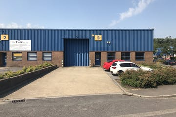 Unit 3, St Georges Industrial Estate, Camberley, Warehouse & Industrial To Let - IMG_5568.jpg