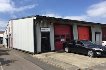 17 Fairway Business Centre, Portsmouth, Industrial To Let - Exterior.jpg