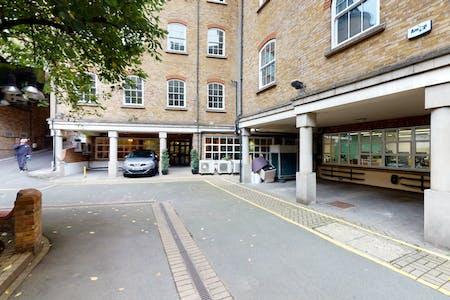 3 Bath Place, 3 Bath Place, London, Office To Let - Space Photo 17.jpg