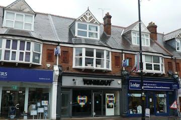 32-34 High Street, Weybridge, Retail To Let - P1350650.JPG