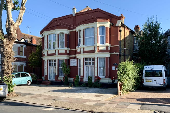 St Vincents Road And Ailsa Road, Westcliff On Sea, Investment For Sale - IMG_3038.JPG