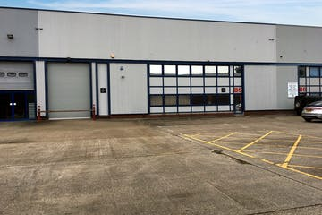 Unit B5, Worton Grange Industrial Estate, Reading, Industrial To Let - IMG1354V2.jpg