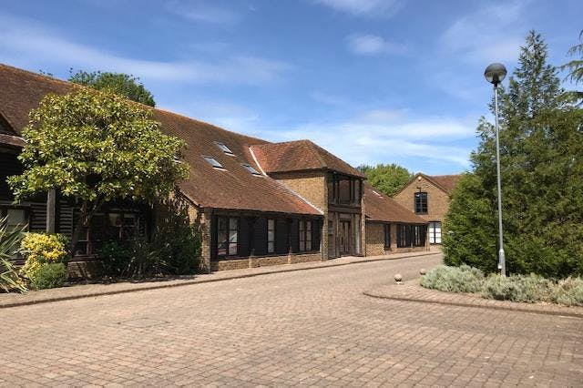 Hatch House, Riding Court, Datchet, Office To Let / For Sale - IMG_8606.jpg