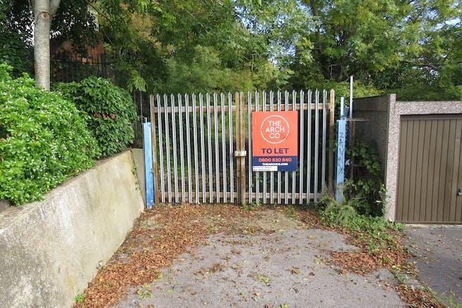 Land, Off St George's Road, Aldershot To Let - IMG_0563.JPG
