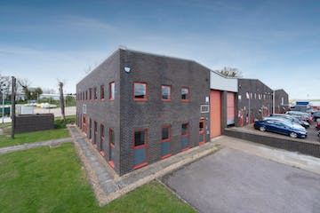 12 Field End, Long Crendon, Industrial To Let - 12 Field End1.jpg