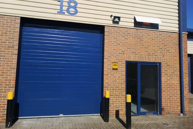 18 Helix Business Park, Wilton Road, Camberley, Warehouse & Industrial To Let - bd2b2e99-de59-4b0f-b938-b0f3b8b43edb.JPG