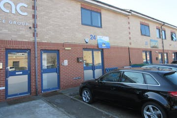 Unit 24 Boundary Business Centre, Boundary Way, Woking, Offices, Warehouse & Industrial To Let - IMG_7018.JPG
