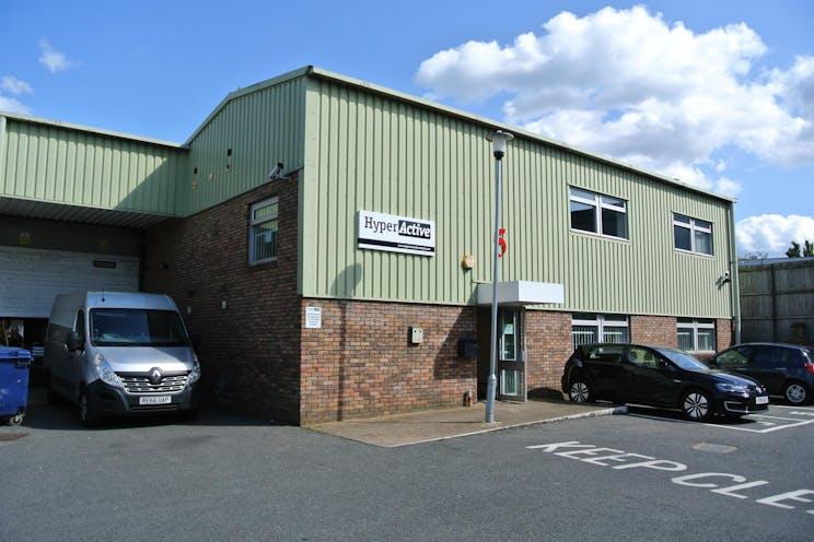 Unit 5 The Royston Centre, Lynchford Road, Farnborough, Warehouse & Industrial To Let - DSC_3911.JPG