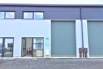 Unit H9, Hermes Daedalus Park, Lee-on-the-Solent, Industrial To Let - SZLFMDQh.jpg