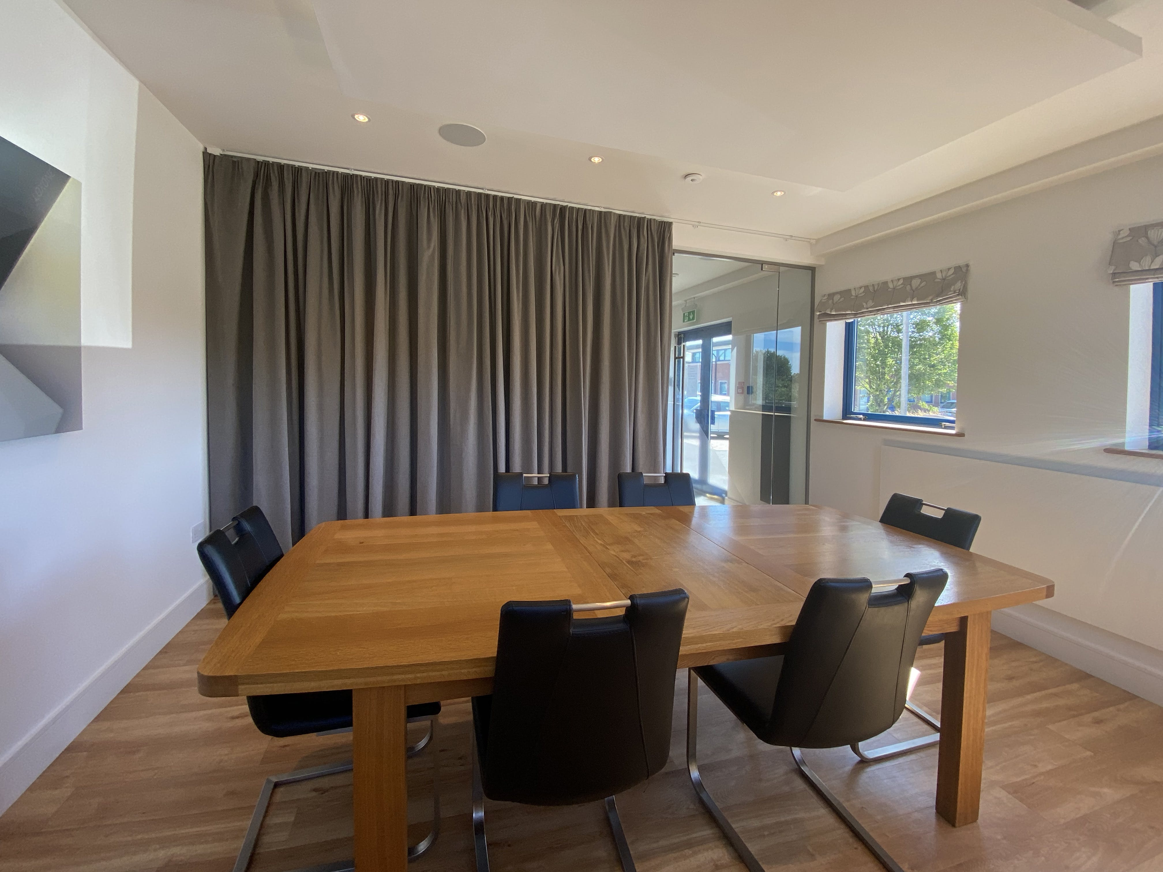 Unit 7, 8 & 9, Theale Lakes, Reading, Offices To Let - IMG_7799.jpg