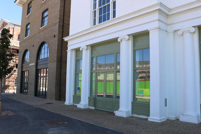 Unit A, Regents House, Crown Square, Dorchester, Office / Retail & Leisure To Let / For Sale - IMG_8364.JPG