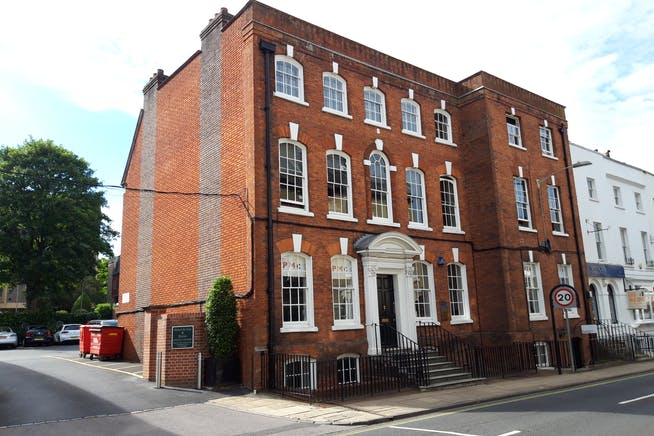 Office B, 2nd F, 12 Southgate Street, Winchester, Offices To Let - Image 1