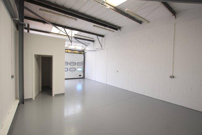 19 Enterprise Estate, Station Road West, Aldershot, Warehouse & Industrial To Let - IMG_9844.JPG