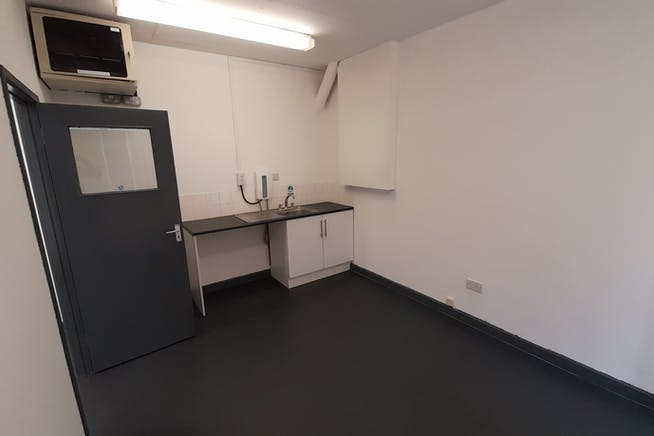Unit A4a, Macadam Way, Portway West Business Park, Andover, Warehouse & Industrial To Let - Photo 4.jpg