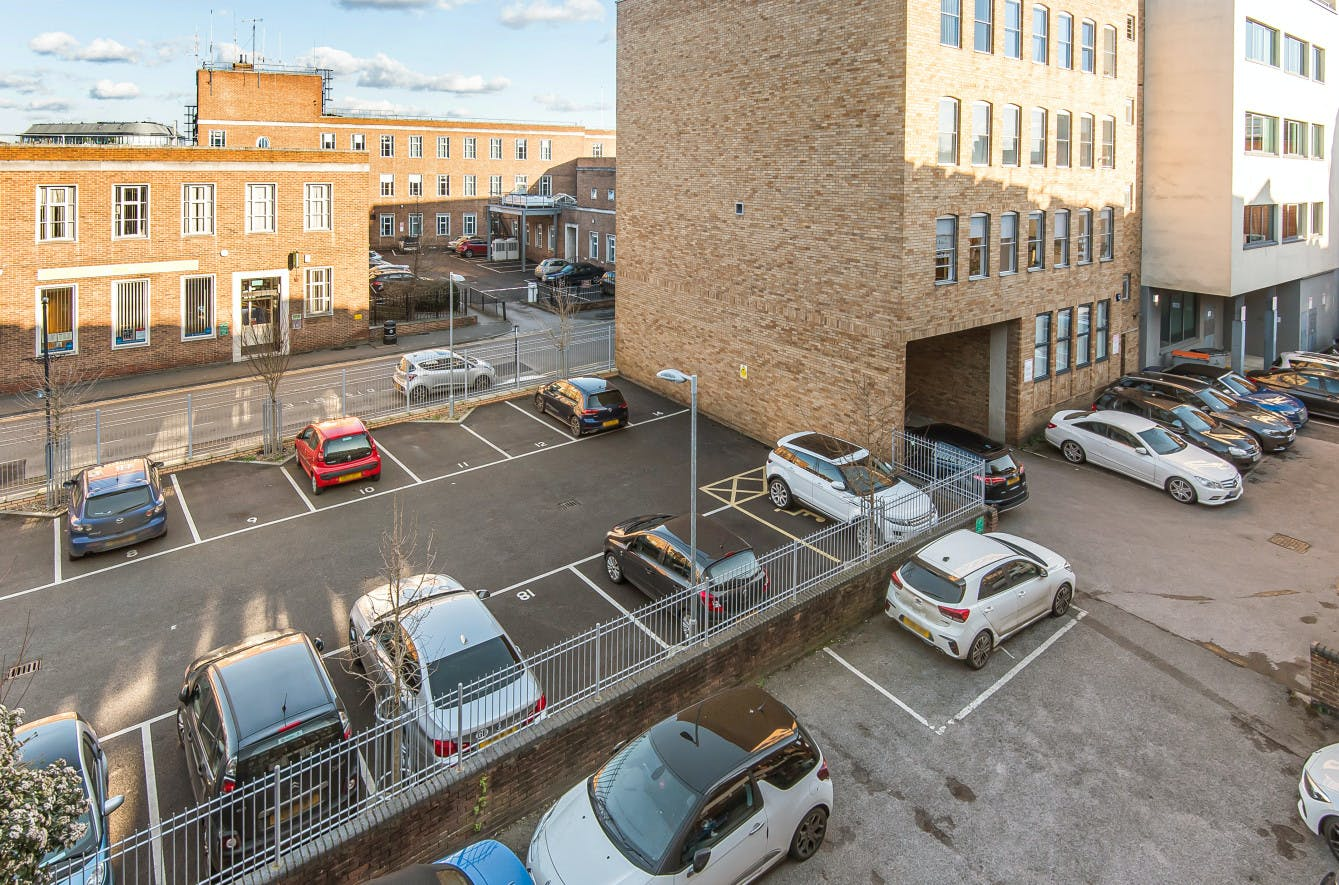 25 To 29 Queen Street, Maidenhead, Office To Let - 586836 (9).jpg