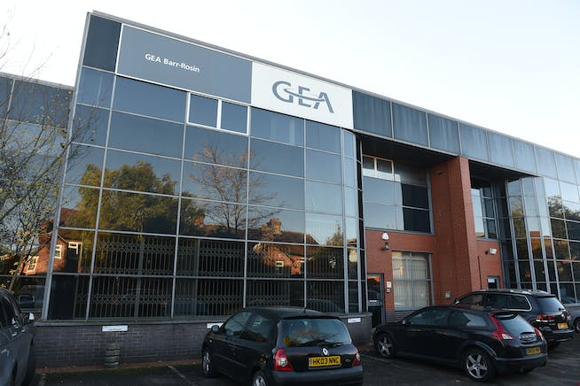 3 & 4 Bell Business Centre, Maidenhead, Offices To Let - dcf8bf11c61471e68c3c6c02ae2b1f4517b207bc.jpg