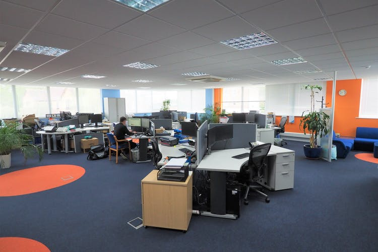 1st Floor, Westpoint, Horsham, Office To Let - P5270011.JPG