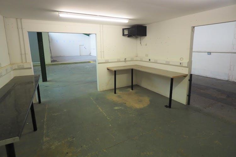Unit 9 Graylands Estate, Horsham, Industrial To Let / For Sale - P5020027.jpg