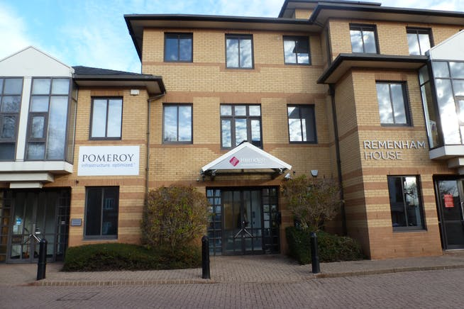 Fawley House, Bourne End, Offices / Investment For Sale - P1080646.JPG