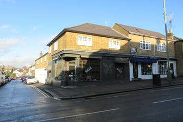 130 Oatlands Drive, Weybridge, Retail To Let / For Sale - IMG_1541.JPG