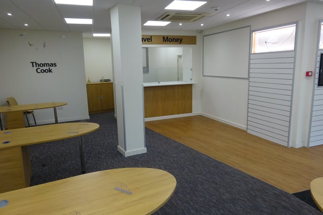 4 Central Pavement, Chesterfield, Offices / Retail To Let - DSC03048.JPG
