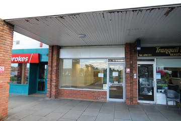 16A Neighbourhood Centre, Poole, Retail & Leisure / Retail & Leisure To Let - IMG_3324.JPG