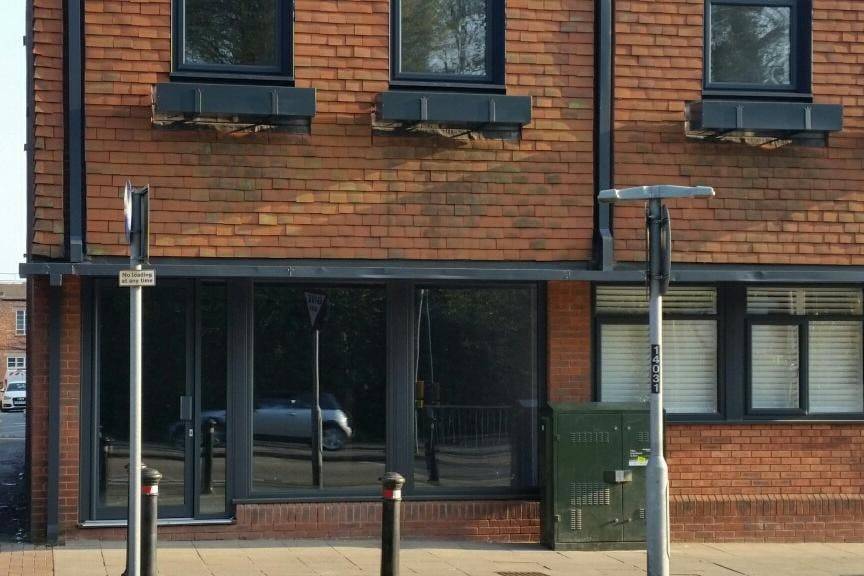 Parkgate House, 185-187 London Road, Camberley, Offices / Retail To Let / For Sale - 20190329_162818_resized.jpg