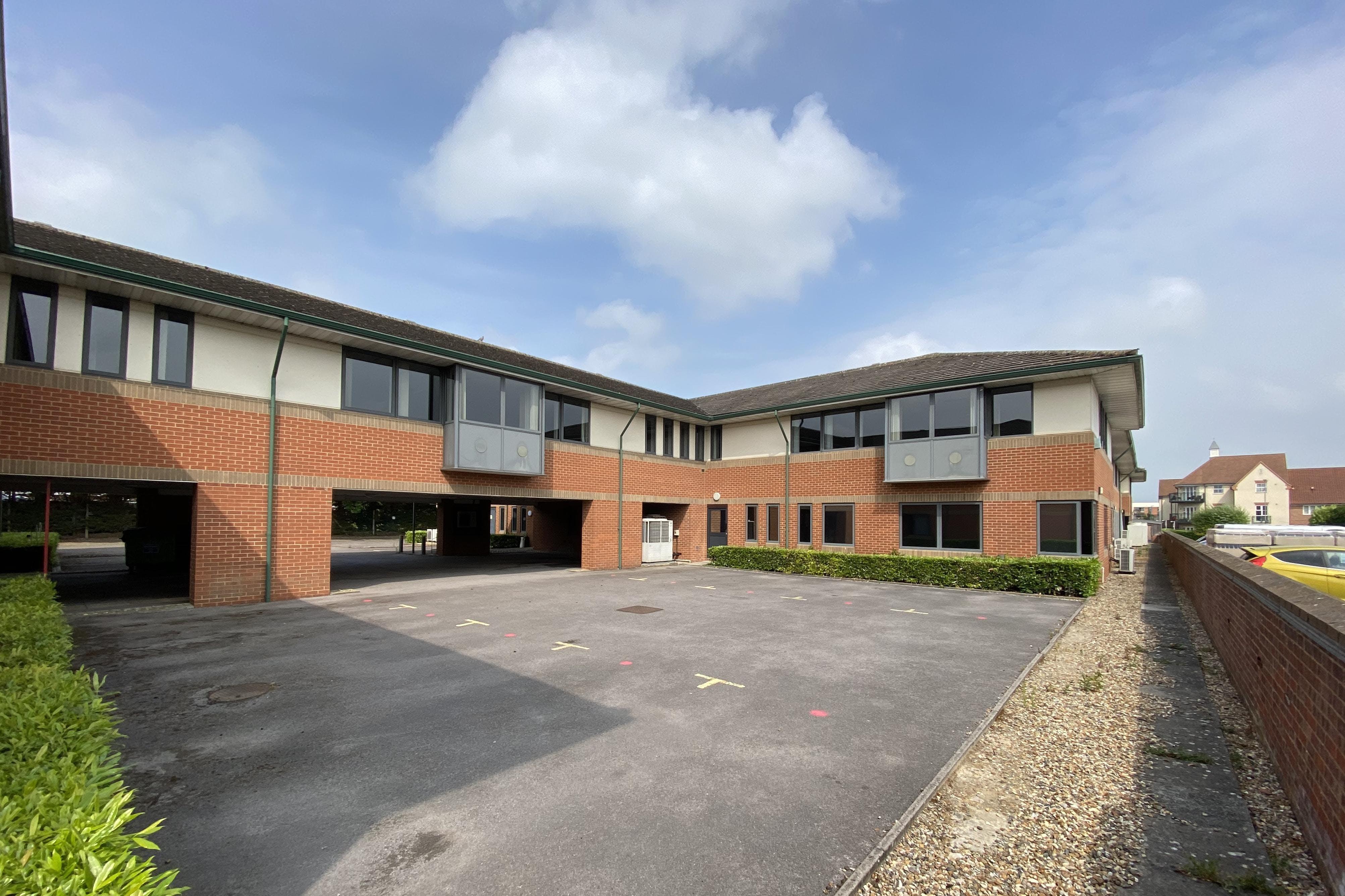 Waterslade House, Thame Road, Haddenham, Office / Land / Residential / Investment For Sale - IMG_7711 2.JPG