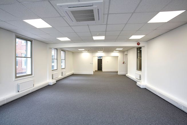 Towergate House, Wintersells Road, Byfleet, Offices To Let / For Sale - CM0B4029.jpg