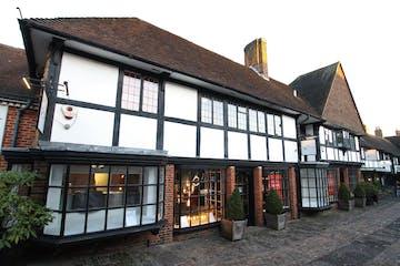 17 Lion & Lamb Yard, Farnham, Retail To Let - IMG_9346 2.JPG