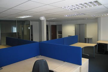 Unit 3 Bacchus House, Calleva Park, Reading, Office To Let / For Sale - IMG3703-crop.jpeg