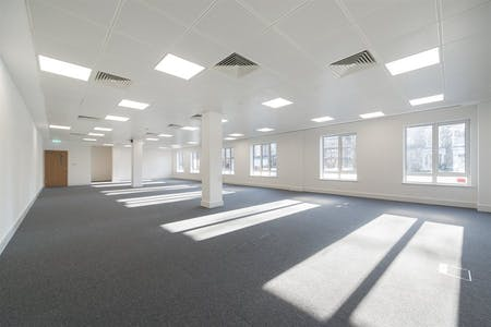Chiswick Gate, Chiswick, London, Office To Let - 008_Property (1).jpg