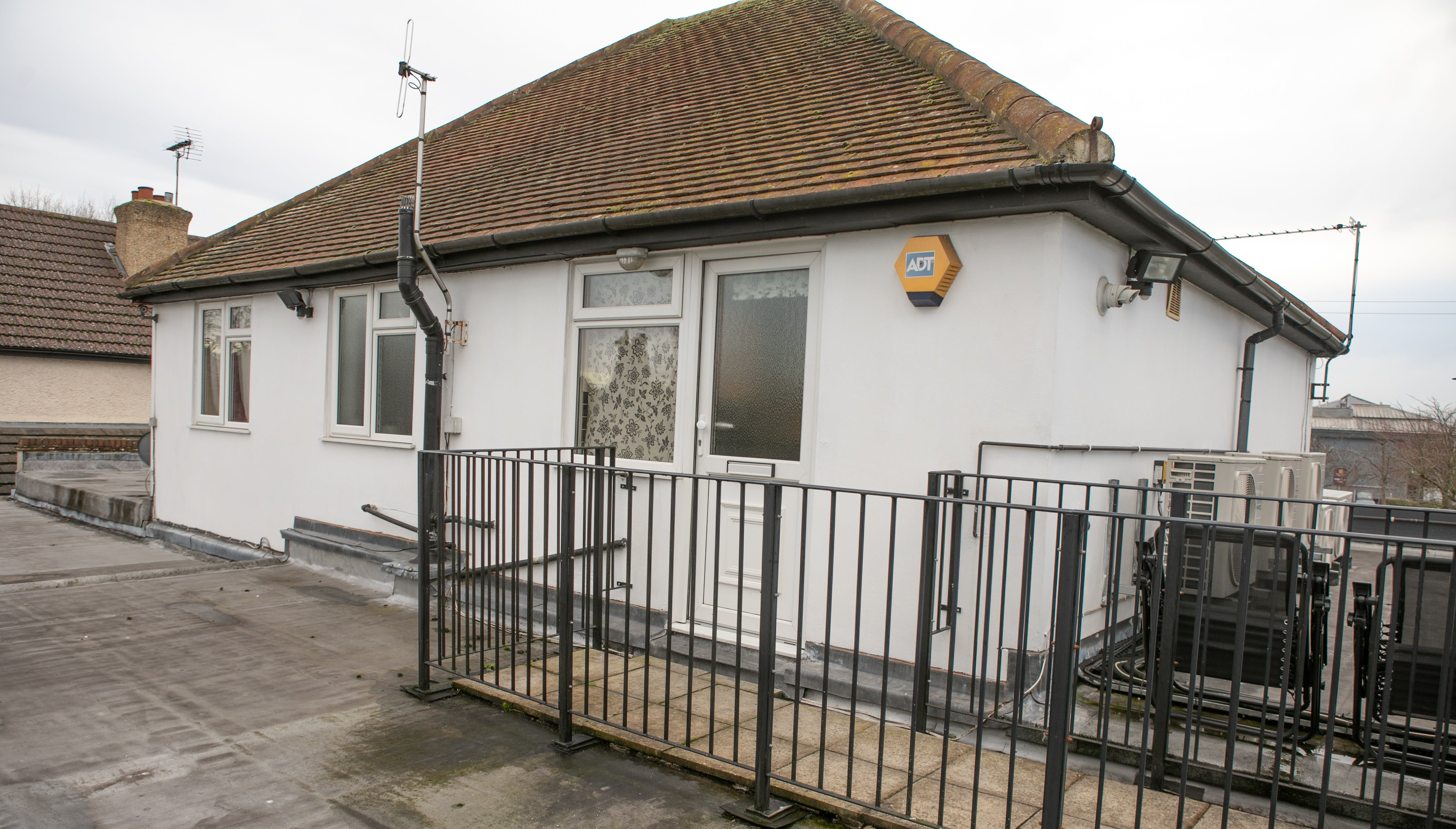 652 Bath Road, Maidenhead, Retail / Other / Investment To Let / For Sale - Bath Road_Dec2014 copy.jpg