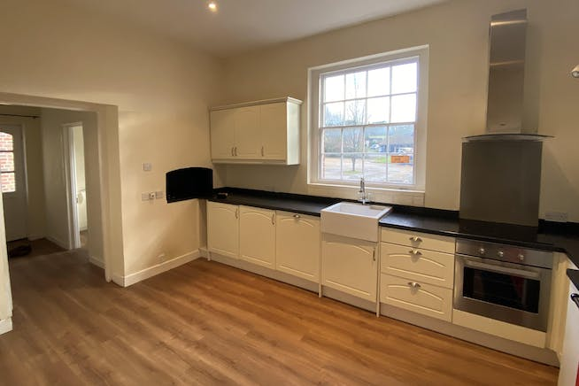 Home Farmhouse, Goodley Stock Road, Westerham To Let - Kitchen 2.jpg