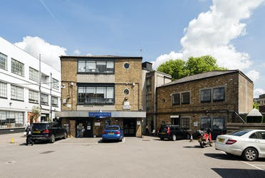 Unit 5c, Building 1, Canonbury Yard, 190a New North Road, London, Offices To Let - Exterior Yard 05.jpg - More details and enquiries about this property