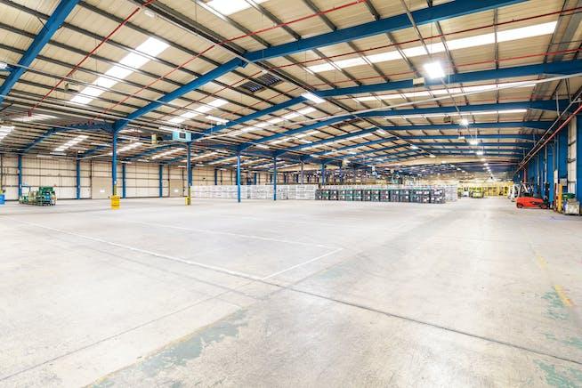 Unit 3 Hunts Rise, Swindon, Industrial For Sale - HondaHuntsRiseSwindon5.jpg