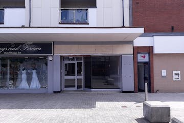 314 London Road, Waterlooville, Retail To Let - 20190820_133957.jpg