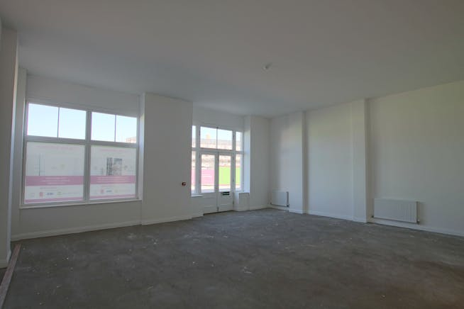 Unit B, Regents House, Crown Square, Dorchester, Office / Retail & Leisure To Let / For Sale - IMG_8392.JPG
