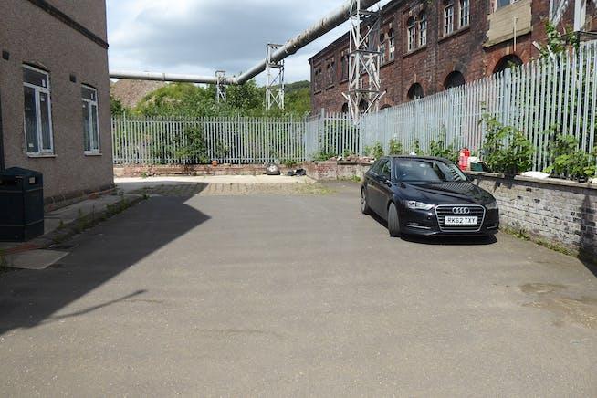 144 Neepsend Lane, Sheffield, Offices / Warehouse & Industrial / Restaurant / Retail To Let - P1040329.JPG