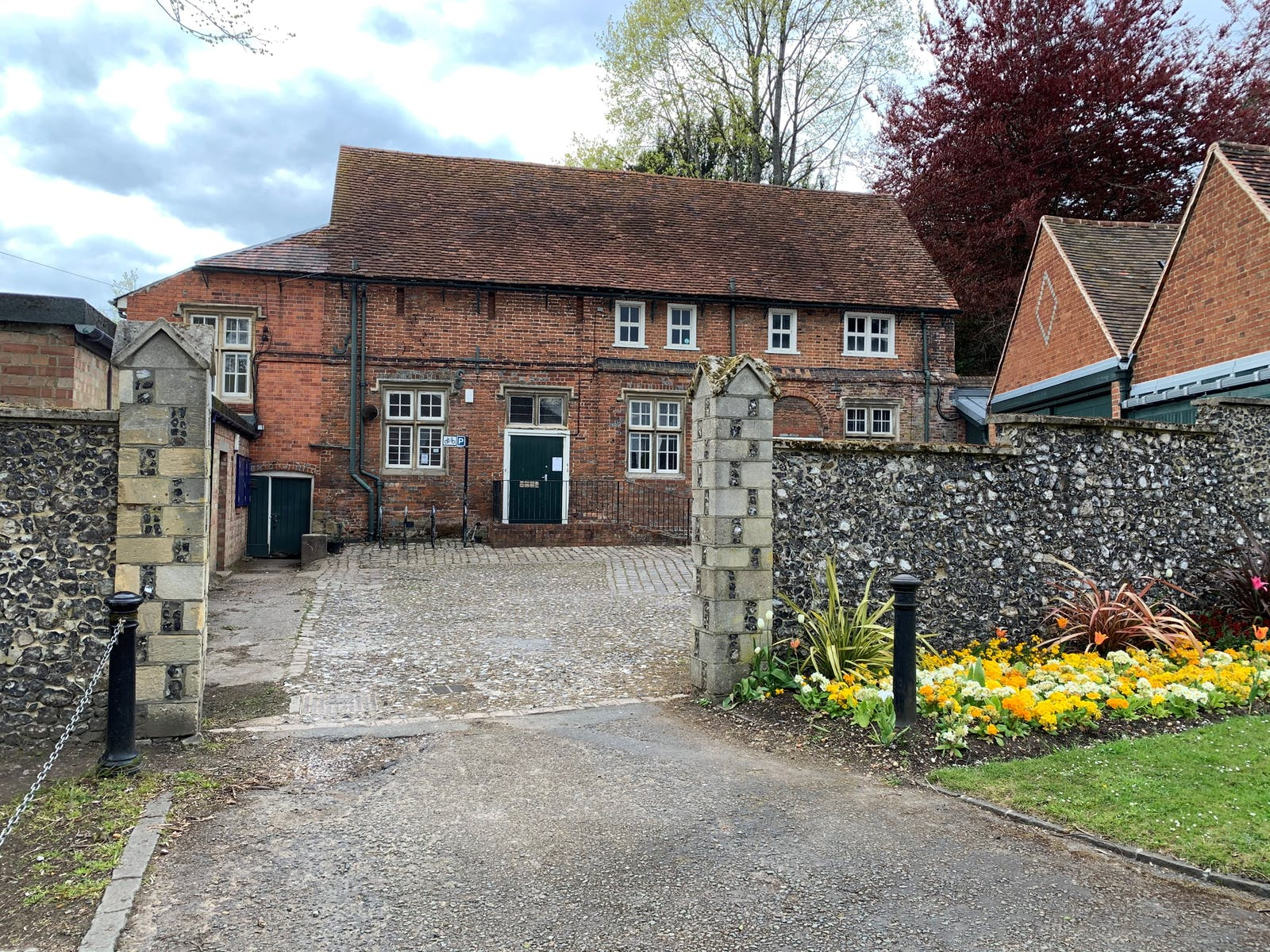 Caversham Court, Reading, Office / Residential / Education / Healthcare To Let / For Sale - Main pic.jpg